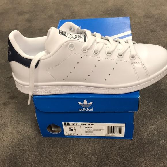 Women's Adidas Stan Smith sneaker white navy Boutique
